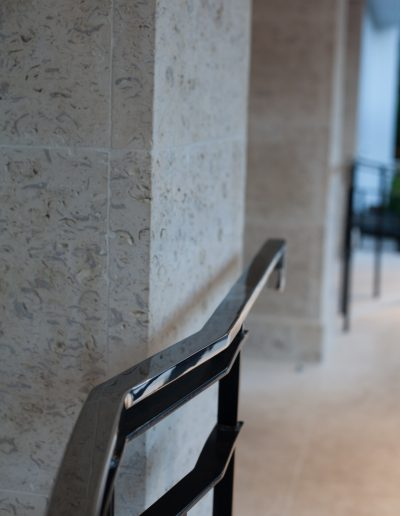 Front Pillar with Hand Rail
