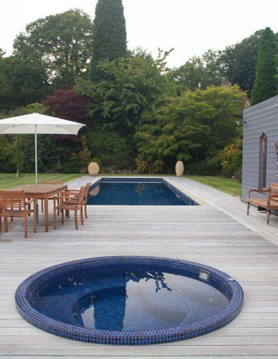 Moorish summer house swimming pool and jacuzzi